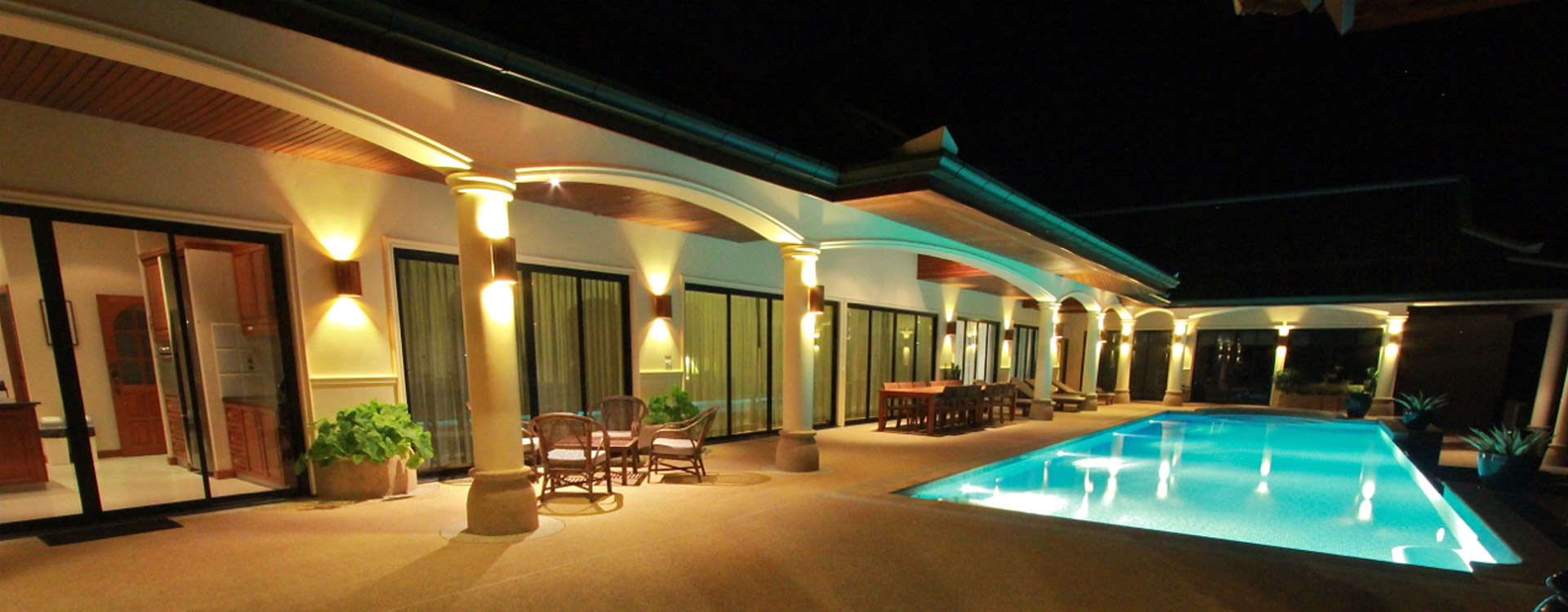Villa1 Pool at Night