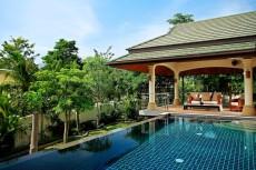Villa 2 - View Over Garden